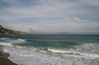 Мыс Меганом с пляжа Нового Света